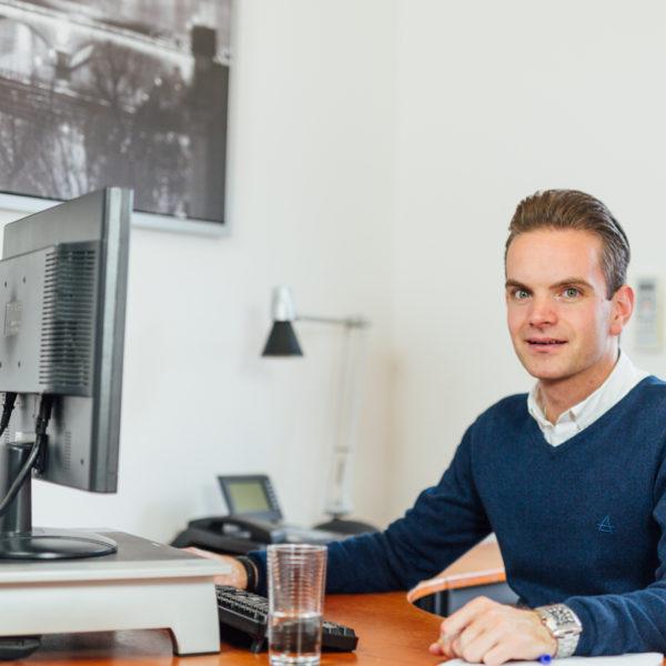 Mr. R. Joosen bij Advocatenkantoor Oste Oosterhout
